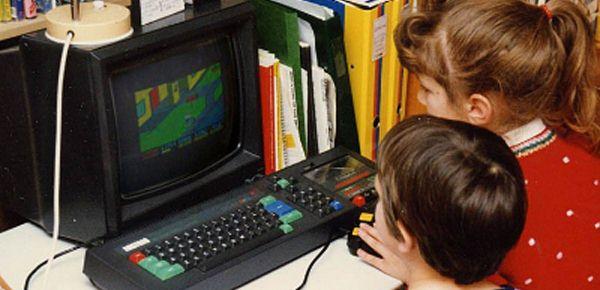 L'Amstrad CPC 464 a 30 ans - l'amour dure toujours !