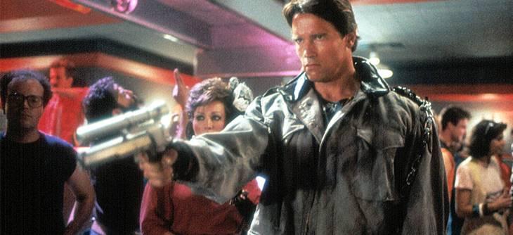 Le Doom Bot Arnold est une invincible machine de mort