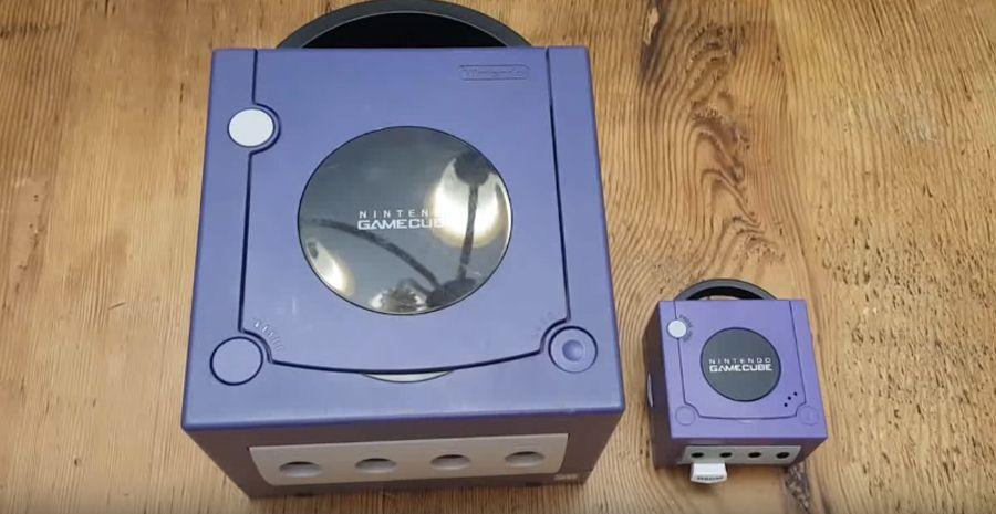 Chaton versus GameCube Mini, qui est le plus mignon ?
