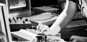 Quake jouable sur oscilloscope, entre abscisse et ordonnée