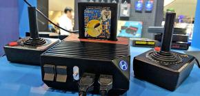 RetroN 5 Unboxing - le strip-tease de Chris Gallizzi