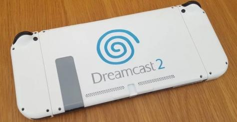Nintendo Switch Dreamcast 2 - attention peinture fraîche !
