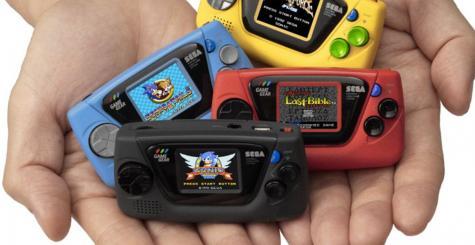 SEGA annonce la Game Gear Micro - une mini console portable en attendant mieux ?