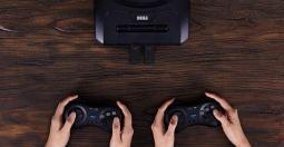 8BitDo M30, le Gamepad Mega Drive sans fil est enfin disponible en précommande !